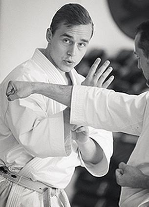 jesse_enkamp_karate_muchimi