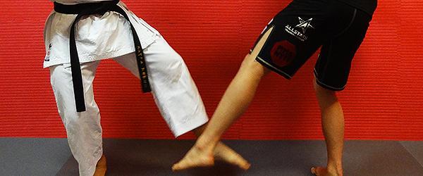 karate-mma-enkamp-ashi-barai